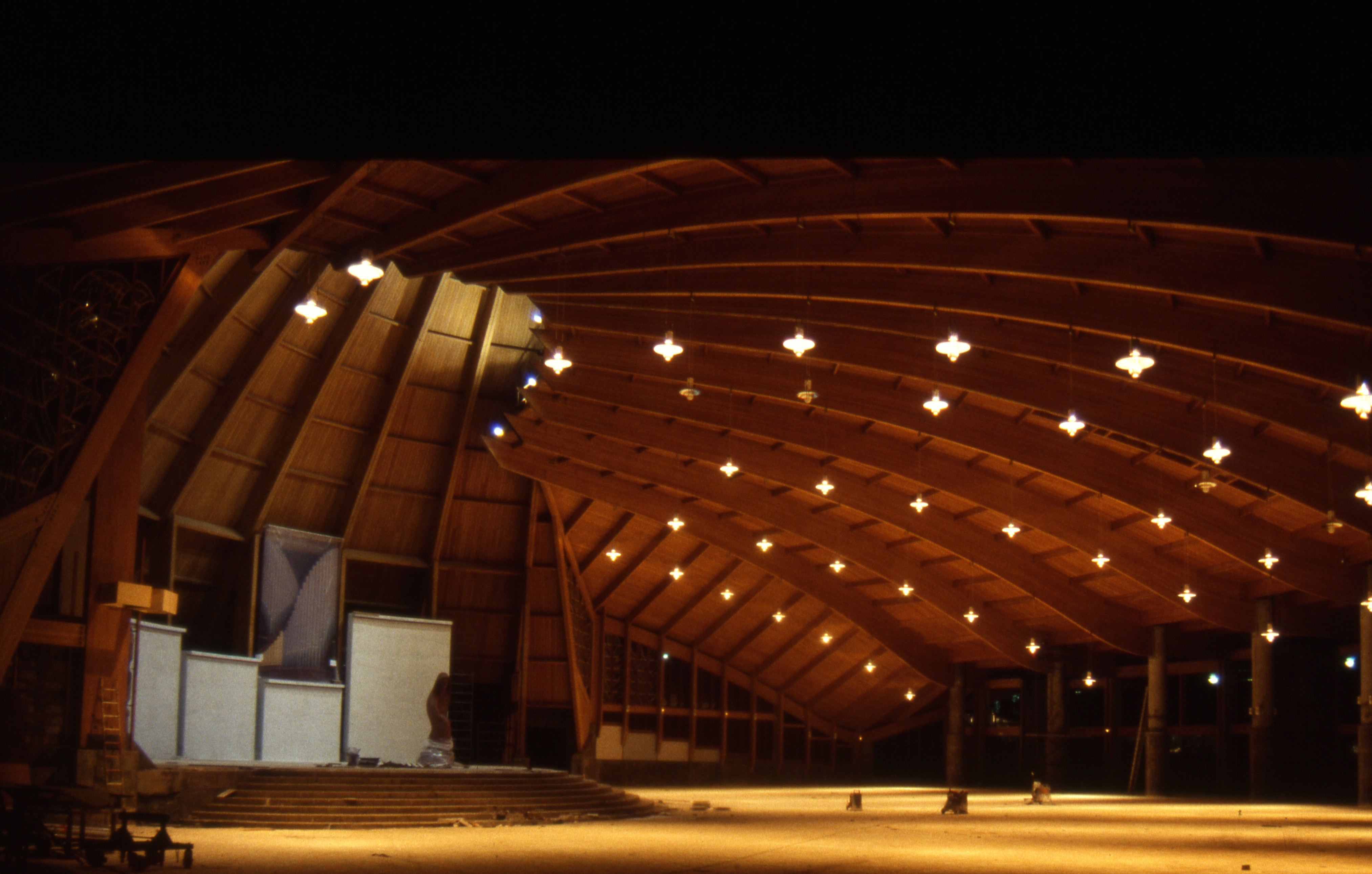 Indoor glue laminated indoor structure -  Sanctuaire Marial de Mvolye